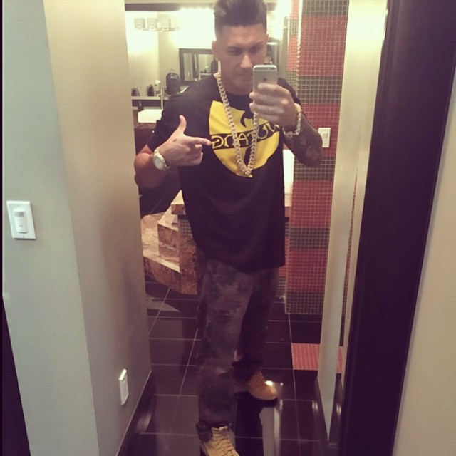Pauly D on Guys with iPhones