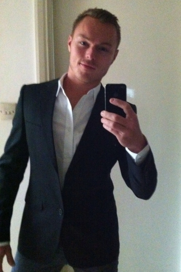 Andrew Hayden-Smith on Guys with iPhones