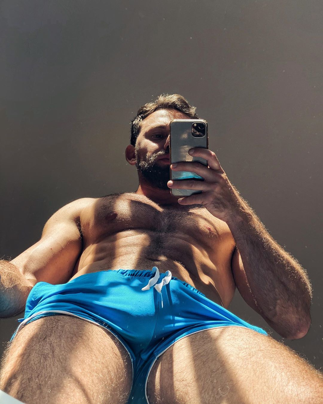 Guys with iPhones